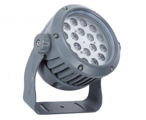 户外亮化工程灯具展现了建筑特点